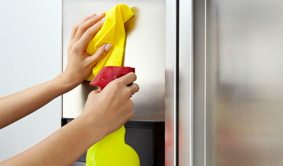 Блеск поверхностей холодильника