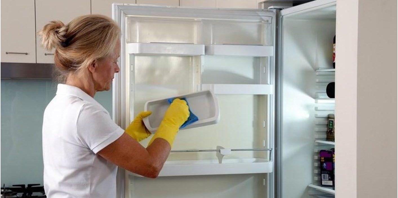 Как отмыть холодильник от желтизны