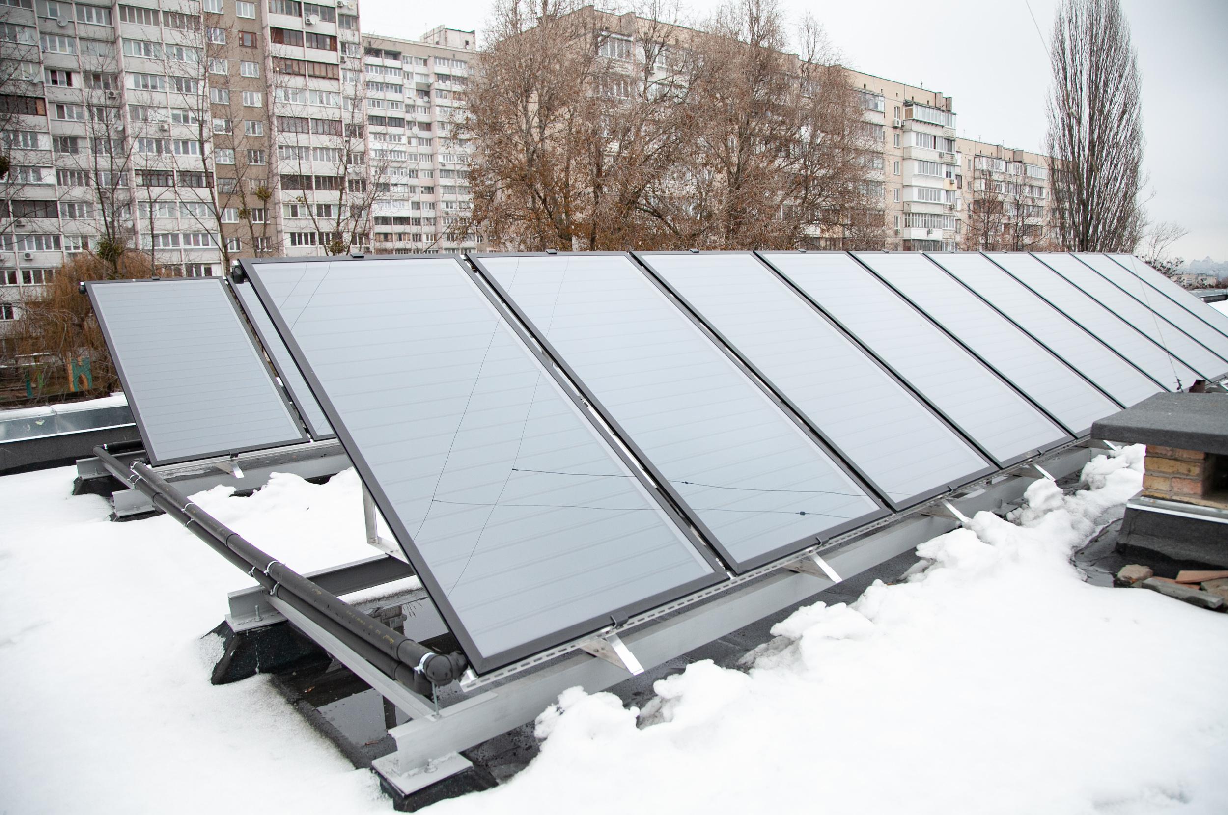 солнечный коллектор зимой