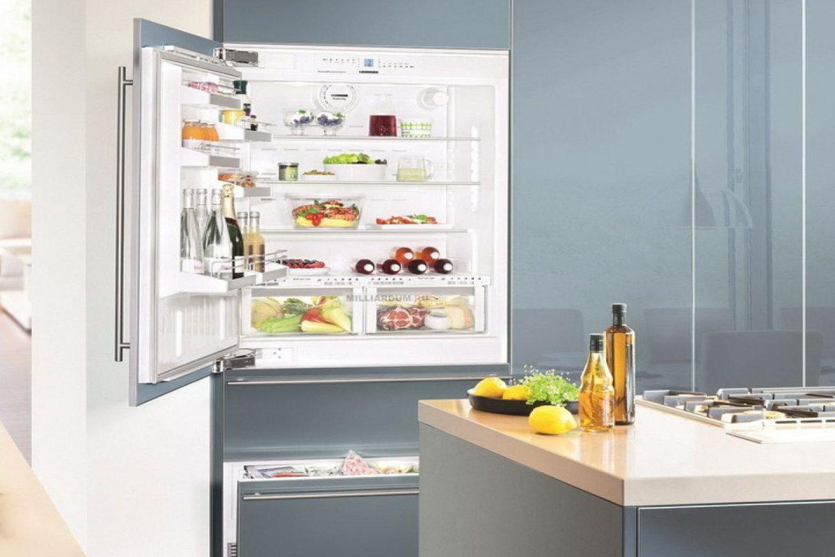 Запах в морозилке холодильника