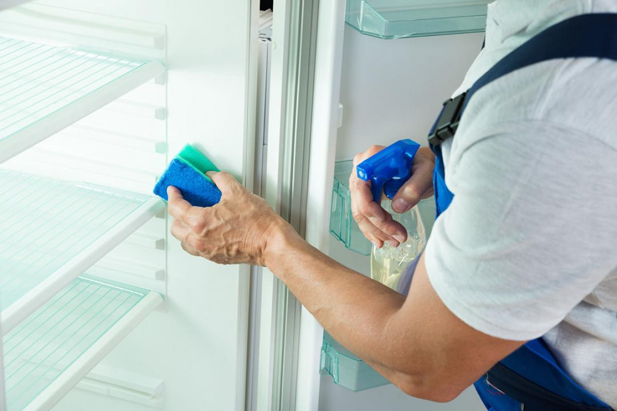 Мытье холодильника после покупки